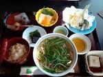 水菜蕎麦と京都らしいご飯.jpg